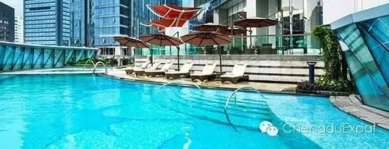 The St. Regis Chengdu swimming pool