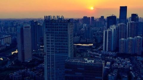 Sunset over Chengdu city ? @chinafeelings