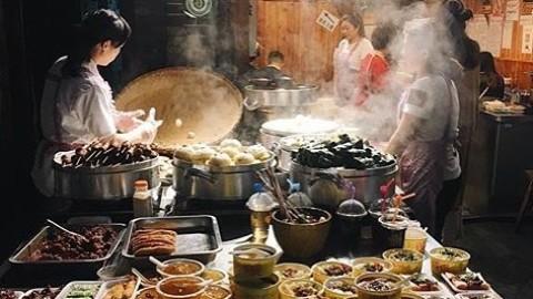 Late night street food ❤ @3ponjachensum