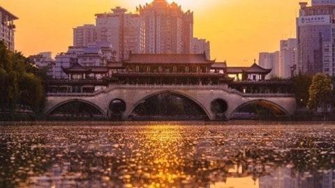 Chengdu by sunset ???? @jake.homovich