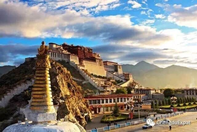 Travel to Tibet This April - Chengdu Expat - 01