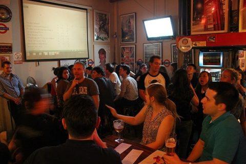 Underground Bar 隧道酒吧