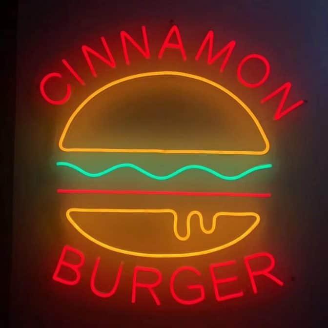240965 Cinnamon Burger loga 672x672