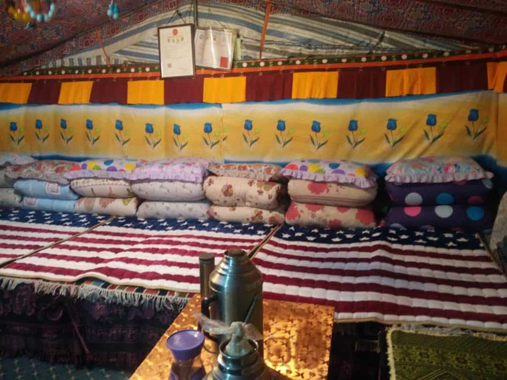 Tibet_Guide_Travel